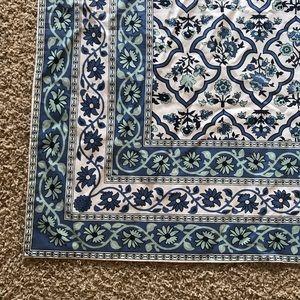NICOLE MILLER Home Floral Print Tablecloth Cotton